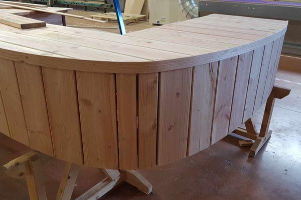 Le banc a été fabriqué au début du mois de mars dans les ateliers du lycée Charles-de-Gaulle