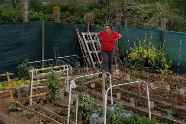 En Auvergne, depuis plus de 50 ans, Madeleine cultive son jardin.