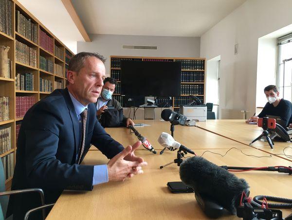Le procureur de Besançon Etienne Manteaux, lors de sa conférence de presse le 12 juin 2020.