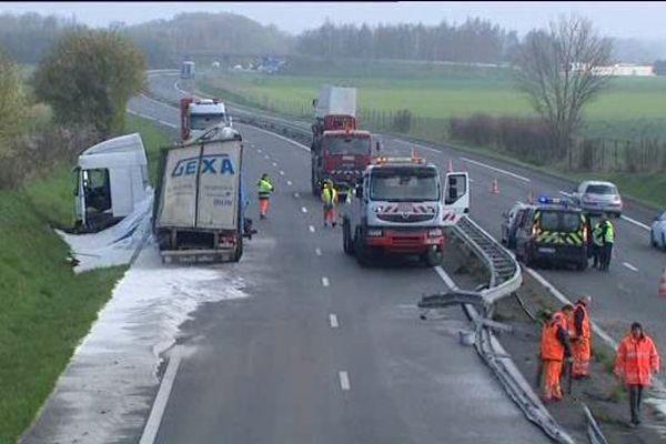 Accident de poids lourd sur l'A20 à Vatan (Indre) - 1er avril 2016