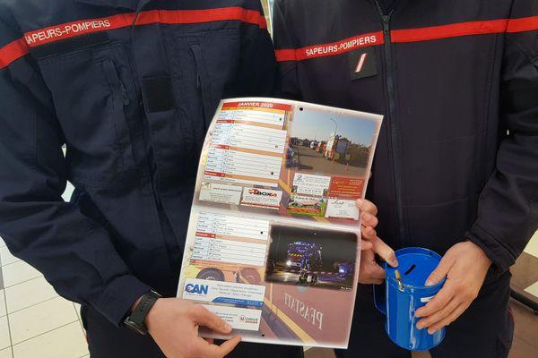 La vente du calendrier des pompiers commencera le 15 décembre. Image d'illustration