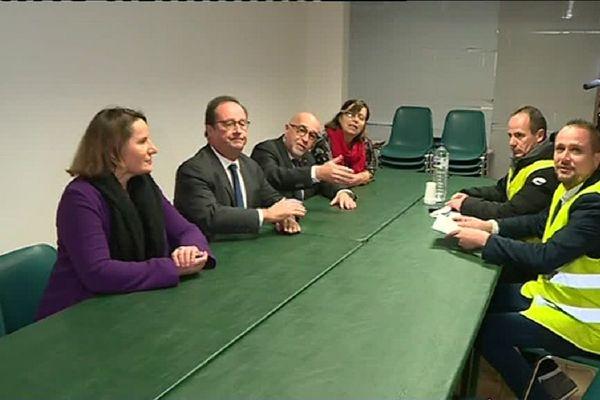 C'est à la Fédération du Ps du Tarn-et-Garonne que François Hollande à reçu les gilets jaunes.