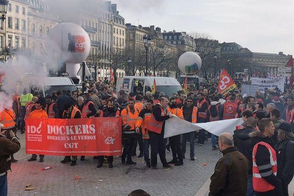 Les manifestants se sont donnés rendez-vous Place Tourny avant de défiler dans Bordeaux
