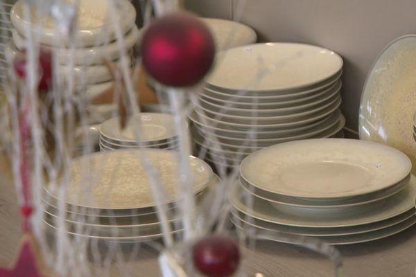De la porcelaine de Limoges pour les fêtes notamment dans des magasins d'usine.