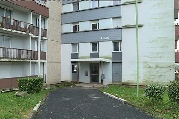 L'immeuble situé dans le quartier du Vert-Bois à St-Dizier où une personne a été interpellée lundi dans le cadre de l'enquête.