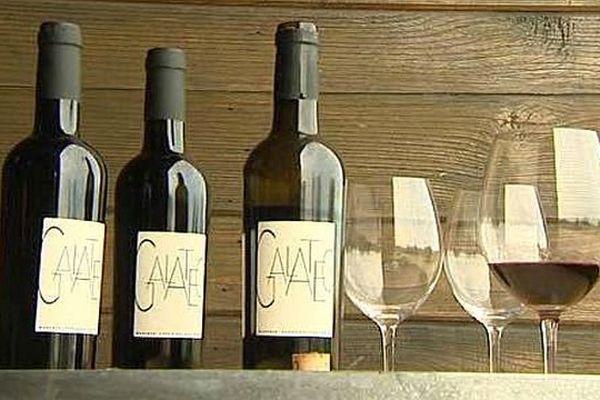 Banyuls-sur-Mer (Pyrénées-Orientales) - des bouteilles de Galatéo du Domaine de la Coume del Mas, comme celles servies à Obama et Hollande - décembre 2015.