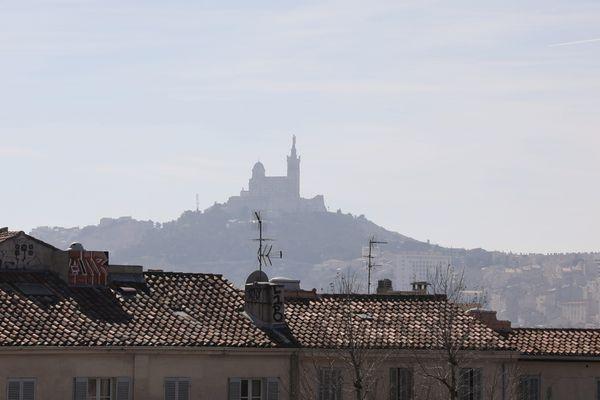 Des milliers d'enfants seraient menacés par la pollution de l'air à Marseille
