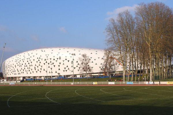 Pour la première fois, les spectateurs assisteront au tournoi Lafarge dans la nouvelle tribune du stade de Beaublanc.