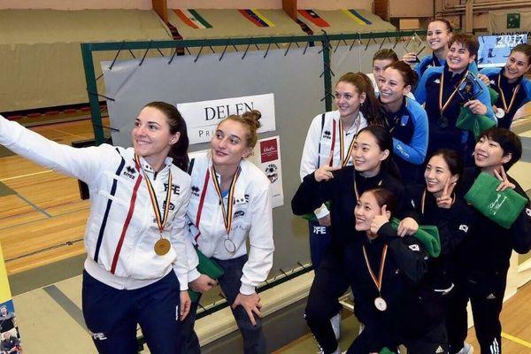 Manon Brunet et ses coéquipières lors de la finale en Belgique.