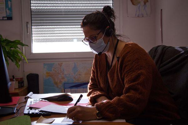 Florence Collet, agent au contact tracing de niveau 3 à l'ARS Bretagne