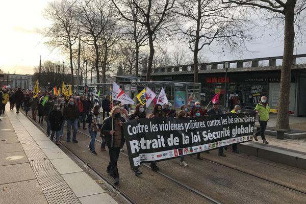La manifestation à Brest contre la loi sécurité globale a rassemblé 2000 personnes