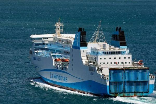 ARCHIVES - Le Kalliste, navire de la Compagnie Méridionale de Navigation (CMN)