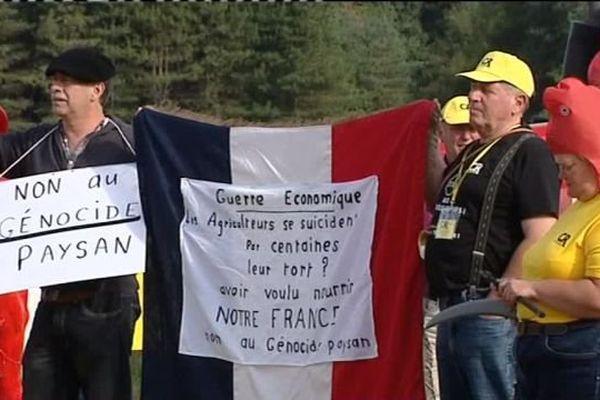 Manifestation de la Coordination rurale aux portes de Chambord (Loir-et-Cher) 2 septembre 2016