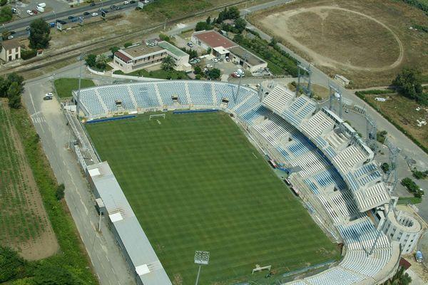 La communauté d'agglomération de Bastia a déjà investi 1.2 millions d'euros pour rendre la pelouse de Furiani praticable.