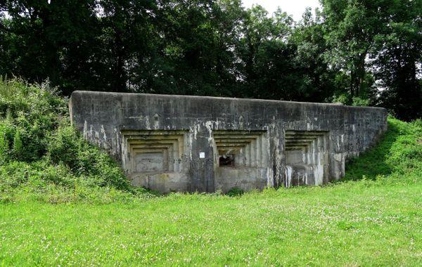 Vestiges de la forteresse d'Eben-Emael en Belgique.