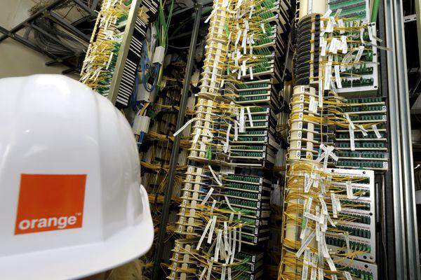 Illustration. La fibre optique a été coupée pour près de 5 000 foyers de Haute-Vienne rattachés à Orange, après un acte malveillant ce lundi 9 novembre.