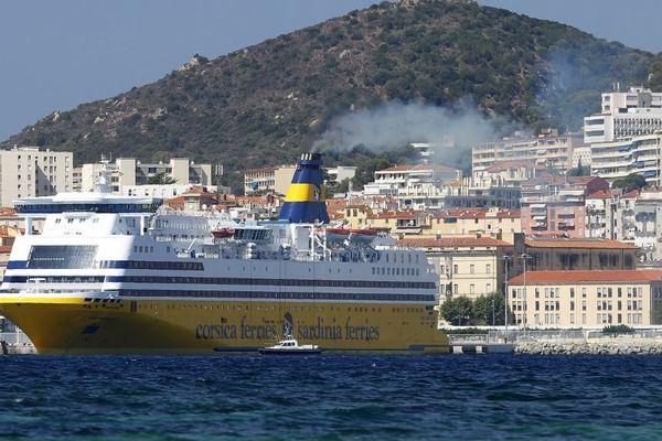 La date butoir du dépôt des offres pour la société d'économie mixte à option prioritaire qui reliera la Corse à Marseille de 2021 à 2028 était fixée ce vendredi. La Corsica Ferries n'est pas candidate.