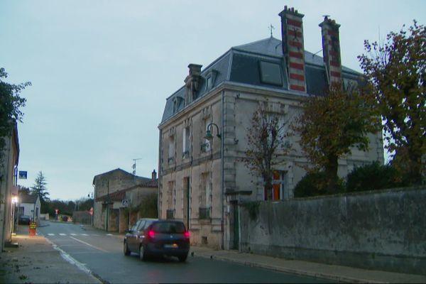 Ciré-d'Aunis compte un peu plus de 1.300 habitants.
