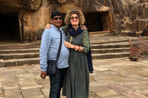 Isabelle, Franc-Comtoise expatriée en Inde, et son mari.