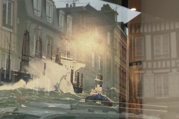 Honfleur, rare port d'accès au monde artistique