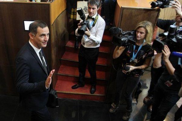 17/12/15 - Le dirigeant nationaliste Gilles Simeoni a été élu jeudi à Ajaccio président du conseil exécutif de la Collectivité territoriale de Corse.
