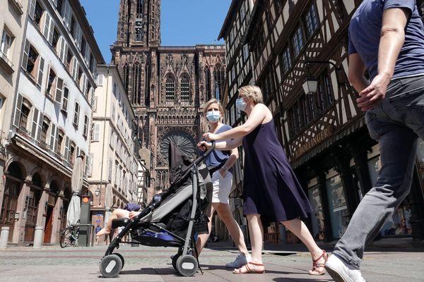 La ville de Strasbourg reste attractive pour les jeunes actifs et les étudiants.