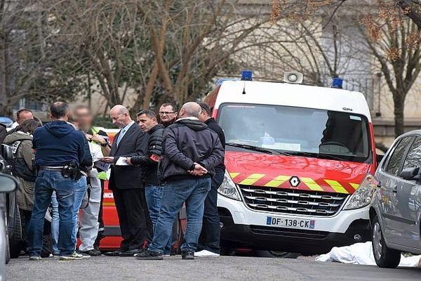 Montpellier - les enquêteurs et le procureur de la République sur les lieux du drame - 30 mars 2016.
