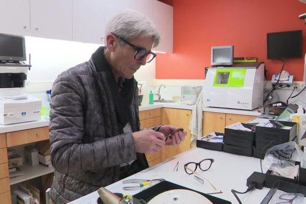 Jean-Luc Weber, opticien et audioprothésiste à Evreux, fait partie des volontaires.