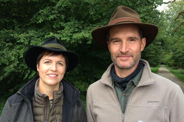 Gabriele Schappacher-Peter et son collègue sont tous deux gardes-forestiers à Rheinau