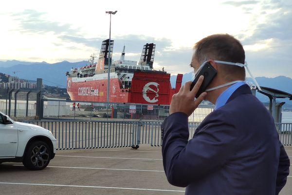 ILLUSTRATION/ Gilles Simeoni, sur le port d'Ajaccio