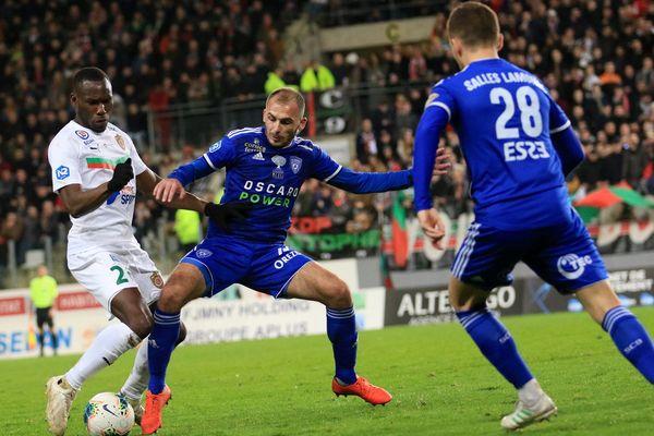 Le match qui a opposé le CS Sedan au SC Bastia le 15 février dernier a été le théâtre de nombreuses tensions dans les tribunes.