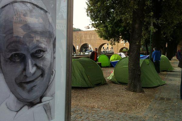 Les tentes des pèlerins à Rome