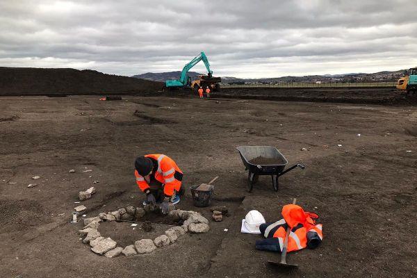 A l'aéroport de Clermont-Ferrand, les fouilles préventives ont mis au jour de nombreuses découvertes.