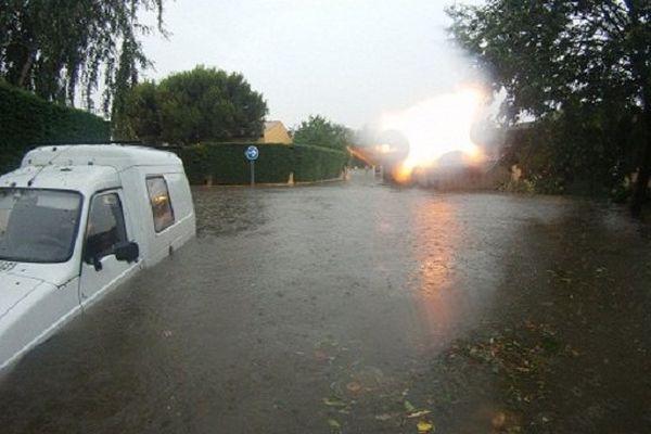 Inondations dans un quartier résidentiel de Tournefeuille