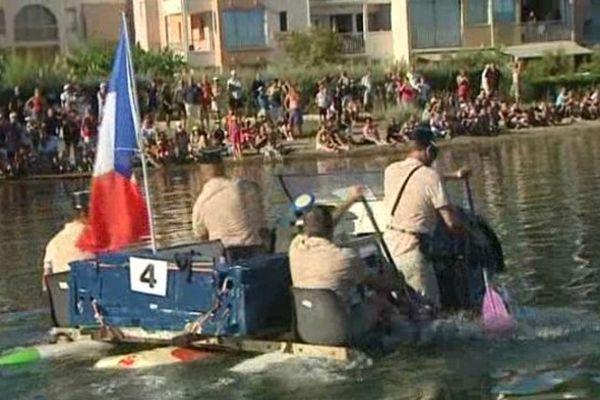 Quand la police joue au gendarme... de Saint-Tropez, c'est pour la course d'OFNI du Cap d'Agde