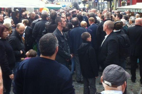 Beaucoup de monde dans les rues de Fougères (35) ce matin