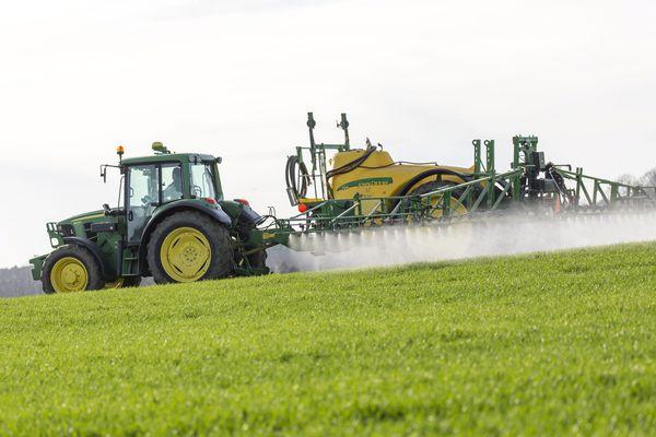 Traitement de récolte (Photo d'illustration)