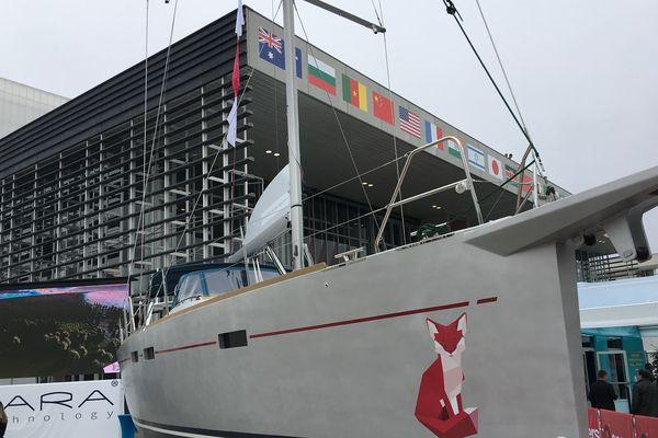 Le voilier Kara à l'entrée du World Electronics Forum d'Angers
