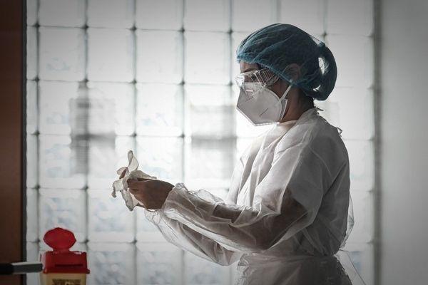 21 personnes sont hospitalisées en Corse pour la Covid-19, dont 10 se trouvent en réanimation et soins intensifs, indique le dernier bilan communiqué par l'ARS, ce dimanche 10 janvier.