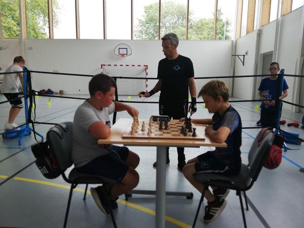 Le chessboxing se pratique à tous les âges.
