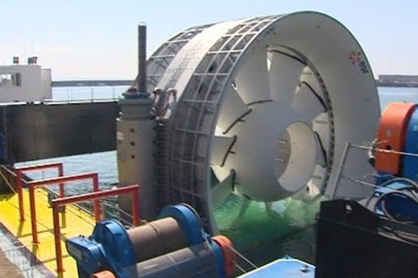 L'hydrolienne présentée en grande pompe à Brest