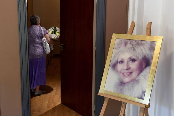 Depuis ce mardi 8 septembre, le public peut rendre hommage à Annie Cordy.