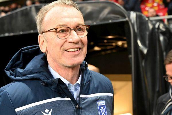 Jean-Marc Furlan, entraîneur de l'AJ Auxerre