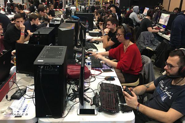 La partie compétition gaming de ce festival des jeux est gérée par l'UTT Arena, la filière de l'école d'ingénieur troyenne qui aime développer des jeux vidéo.
