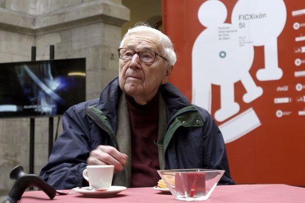 John G Morris lors d'un festival de photojournalisme en Espagne