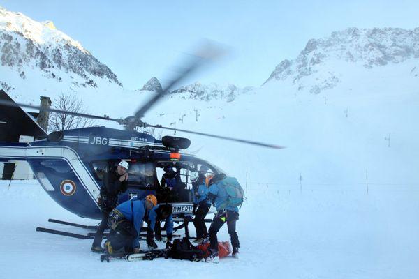 Illustration de sauvetage en montagne- Station de ski La Mongie domaine du Tourmalet