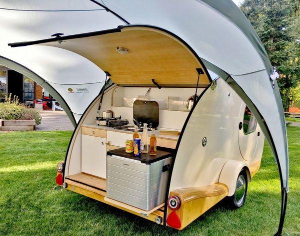 Une mini cuisine intégrée pour des repas en plein air