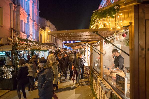 220 chalets sont installés dans les rues du centre-ville de Montbéliard.