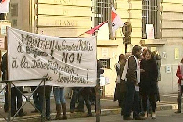 Béziers (Hérault) - grève illimitée des salariés de la Banque de France - 4 mars 2013.