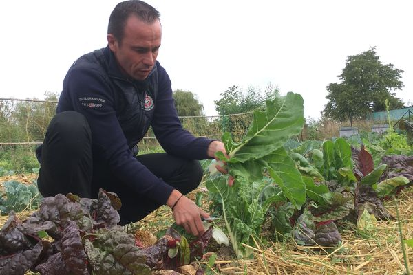 Christophe Hay utilise les légumes de son potager de mai à octobre cultivés en permaculture